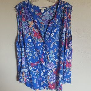 Saint Tropaz west floral top